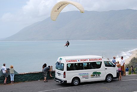 Hang gliding on the coast between Cairns and Port Douglas.